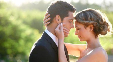Jenis Penyakit yang Ditularkan Melalui Ciuman Bibir