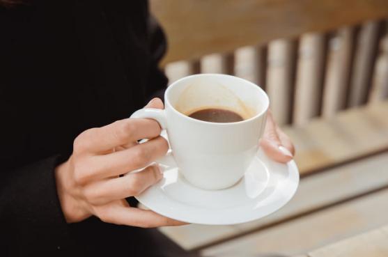 bolehkah penderita hepatitis minum kopi